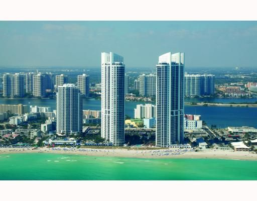 The tranquil waters of Sunny Isles Beach, Florida