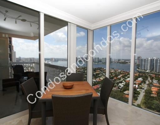 Dining area with Intracoastal and city view