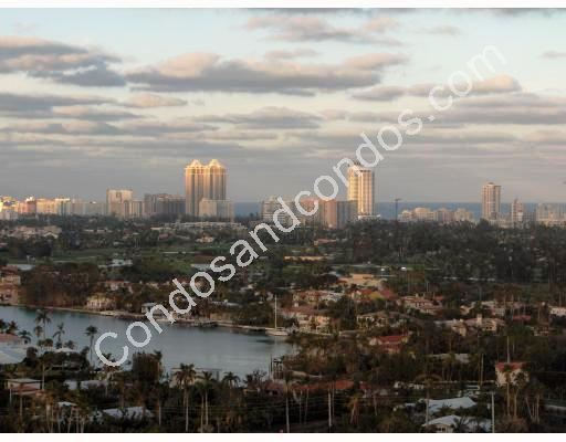 Breathtaking Miami Beach cityscape