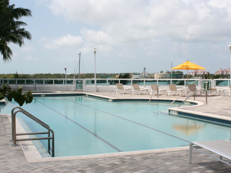 Bayfront Lap Pool