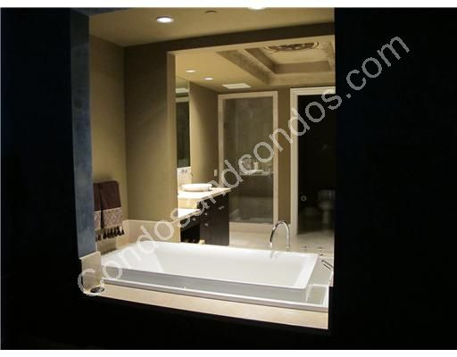 Soothing Infinity Edge overflowing bathtubs or Jacuzzi