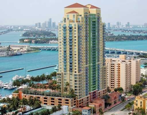 Yacht Club At Portofino In Miami Beach