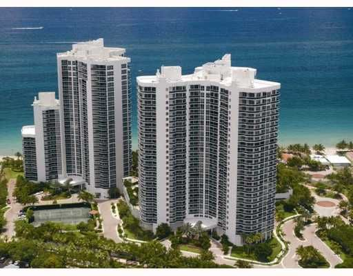 L' Hermitage I and II Condos in Fort Lauderdale
