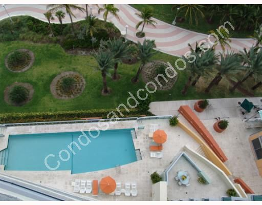Ariel view of Infinity Pool deck