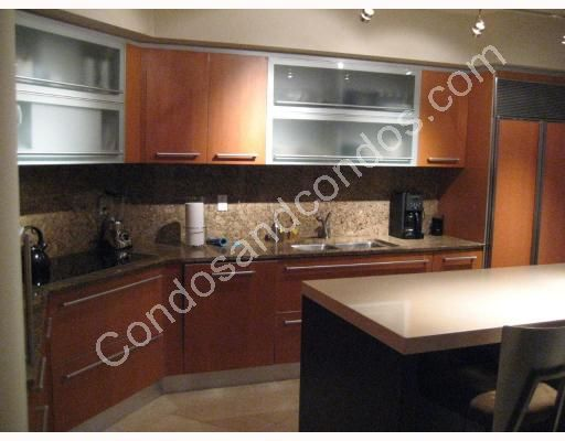 Kitchen with granite counters and breakfast island