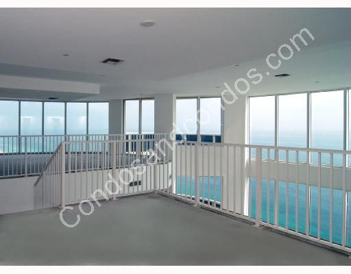 2nd story with 360 degree oceanscape