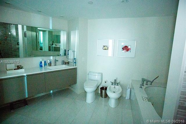 Photo of 2127 Brickell Ave #3302 listing for Sale