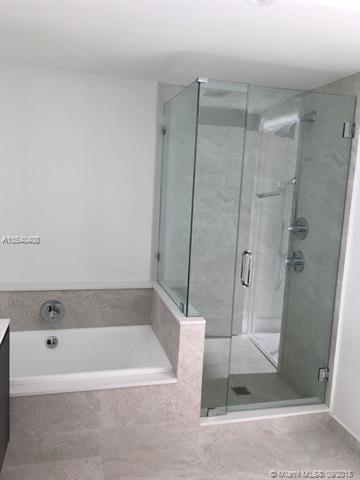 Photo of 488 NE 18 ST #2401 listing for Sale