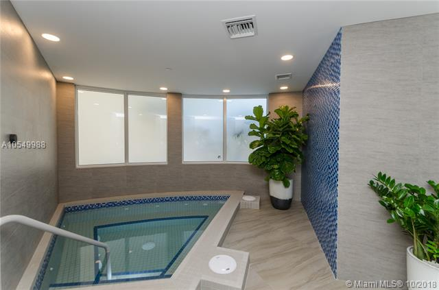 Photo of 20281 Country Club Dr #1004 listing for Sale