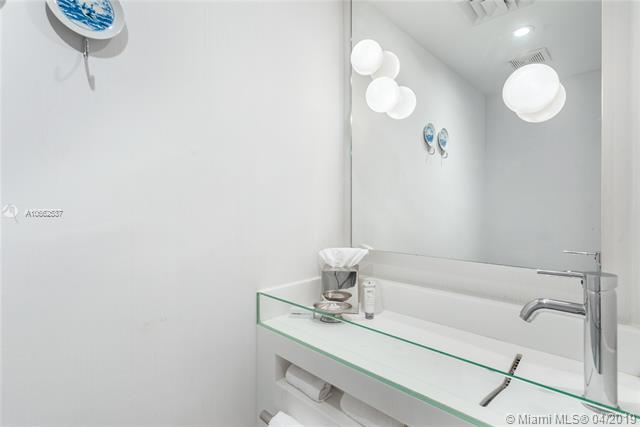 Photo of 1100 West Ave #604 listing for Sale