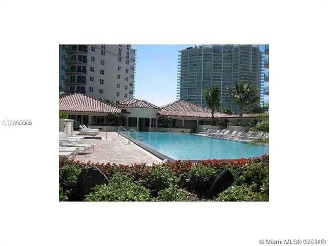 Photo of 19900 E Country Club Dr #606 listing for Sale