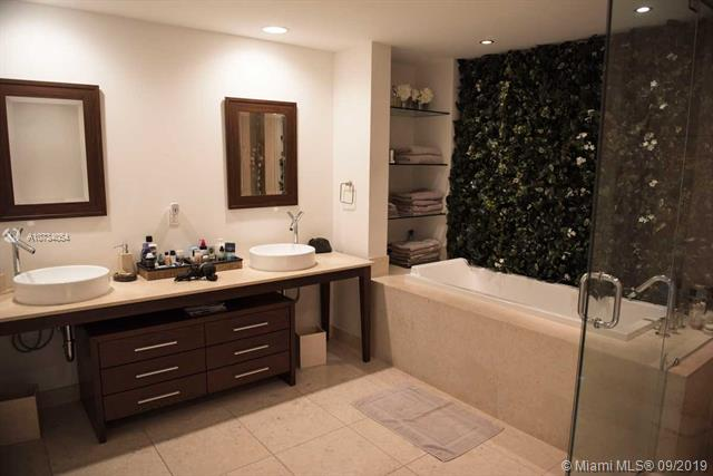 Photo of 495 Brickell Ave #3805 listing for Sale