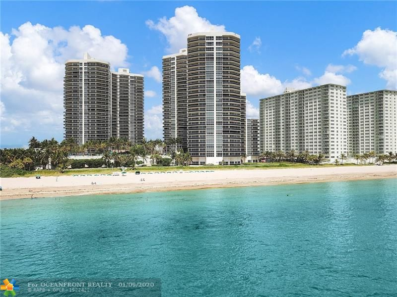 Photo of 3200 Ocean Blvd #1109 listing for Sale