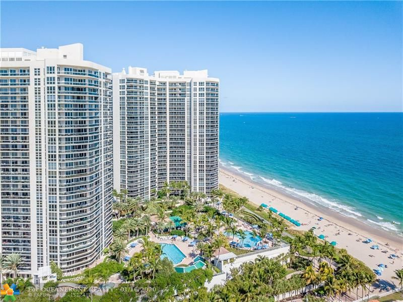 Photo of 3200 Ocean Blvd #1707 listing for Sale