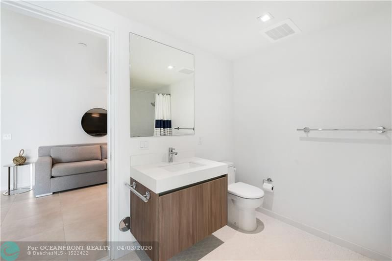 Photo of 401 Birch Rd #405 listing for Sale