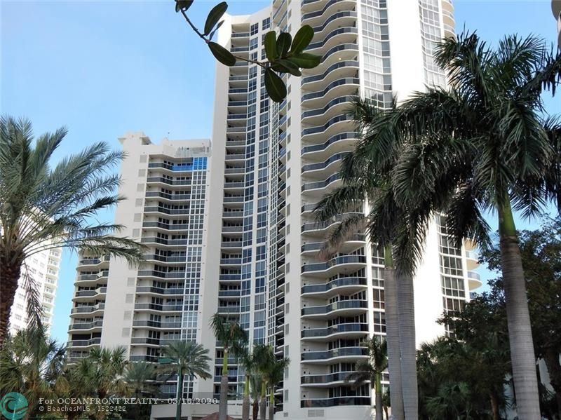 Photo of 3200 Ocean Blvd #F-1105 listing for Sale