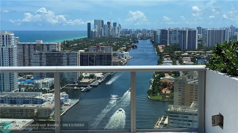 Photo of 2602 Hallandale Beach Blvd #R1010 listing for Sale