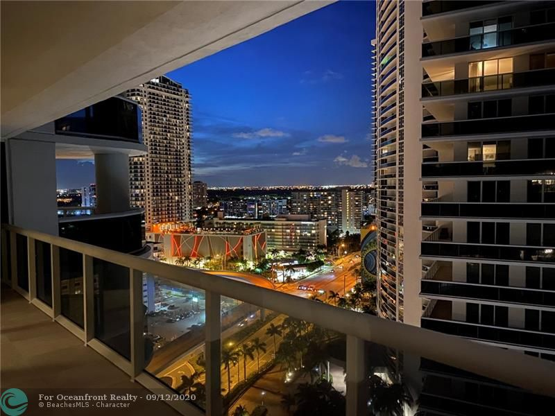 Photo of 1850 Ocean Dr #2110 listing for Sale